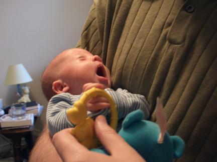 yawn-10-14-07.jpg