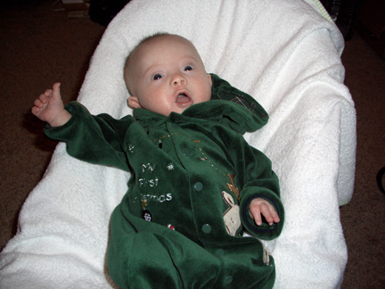 113007-christmas-outfit-hood-down-a.jpg